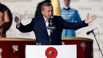 03-06-2016 21:47 Turcja: wątpliwości co do wykształcenia prezydenta Erdogana