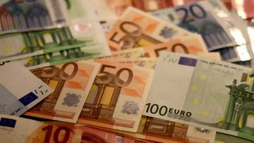17-02-2016 09:37 Poznań: Trzech cudzoziemców próbowało wypłacić z banku 40 mln euro