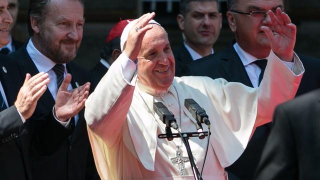 Papież w Sarajewie: nigdy więcej wojny