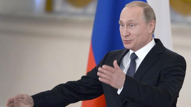 Putin: Rosja mogłaby już zażądać od Ukrainy spłaty długu
