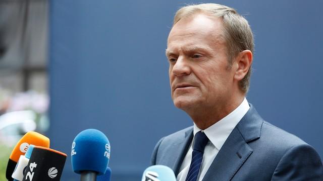 Tusk krytykuje politykę zagraniczną PiS: to dryfowanie na peryferia
