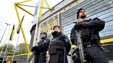 2017-04-15 Nerwy przed meczem Borussii Dortmund. Zwiększona liczba policjantów