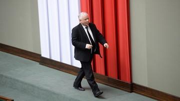 """17-04-2016 12:05 """"Muszą zostać twardą ręką przełamane"""". Kaczyński o """"resortowych kłopotach"""" w rządzie"""