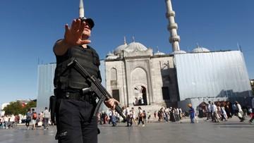 22-07-2016 17:15 Wyjazd z Turcji na zaświadczenie od szefa. Władze polują na puczystów