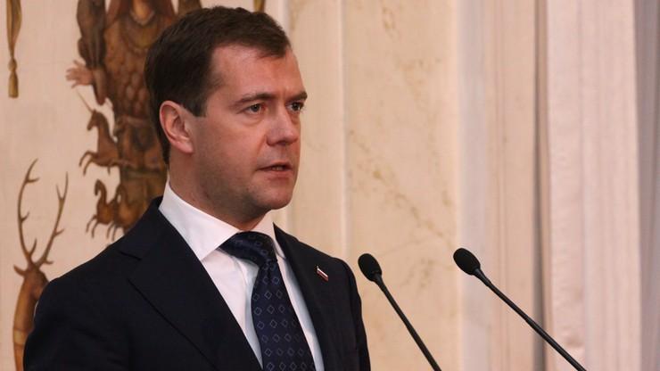 Ponad 170 tys. osób domaga się dymisji premiera Miedwiediewa