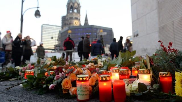 Niemcy: Poszukiwany mężczyzna używał sześciu różnych nazwisk