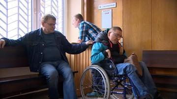 Z niepełnosprawnym na bruk. Ostatnie chwile przed licytacją mieszkania