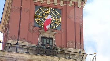 02-05-2017 11:55 Uroczyste podniesienie flagi państwowej na Zamku Królewskim