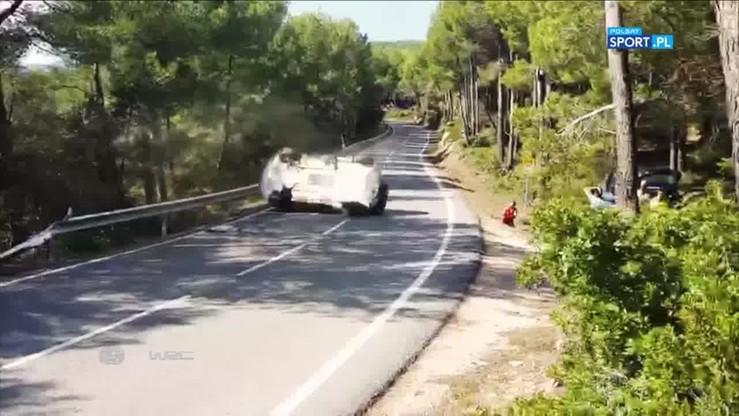 Kraksa Mikkelsena podczas Rajdu Katalonii