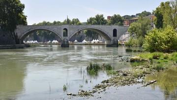 """23-07-2017 15:56 Władze Rzymu chcą zakręcić wodociąg. Będzie jak w czasie wojny. """"Tragedia"""""""