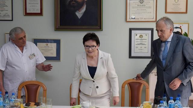 PiS: premier powinna odwołać ministra Zembalę
