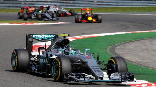 Formuła 1 - w kalendarzu na sezon 2018 minimum 21 wyścigów