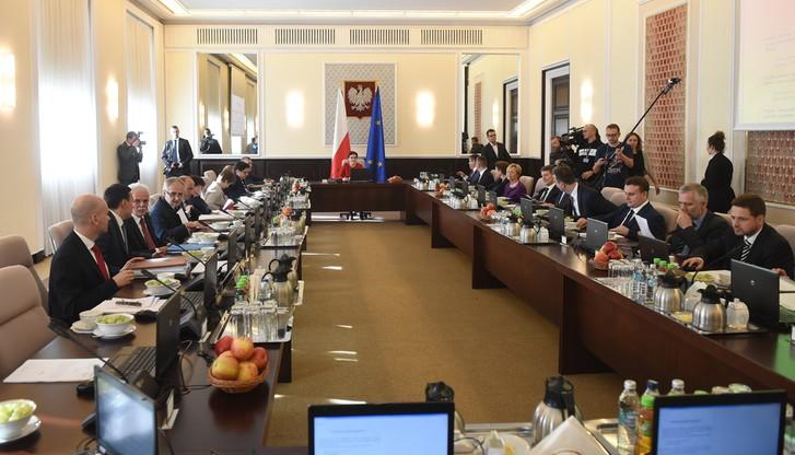 Rząd: Narodowy Program Zwalczania Chorób Nowotworowych będzie kontynuowany