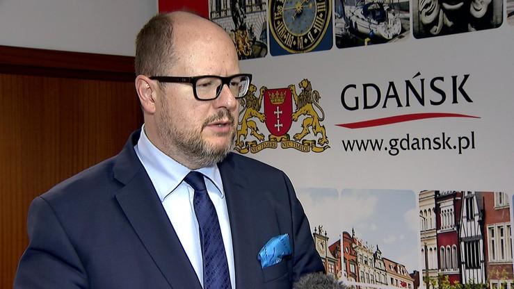 Prezydent Gdańska stawił się w prokuraturze. Będzie przesłuchiwany ws. Muzeum II Wojny Światowej