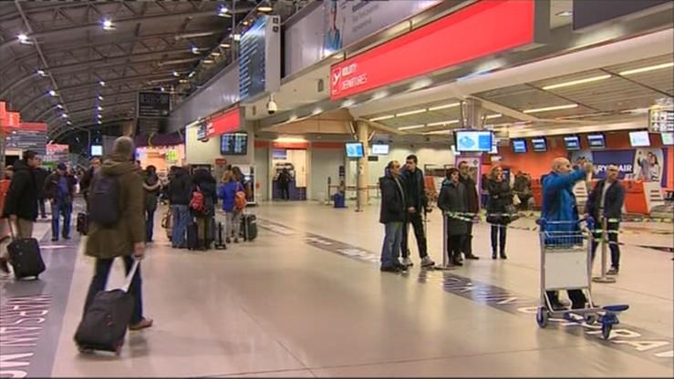 21 zatrzymanych ws. ewakuacji w Modlinie. Zostaną przesłuchani, jak wytrzeźwieją