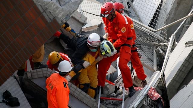 Trzęsienie ziemi na Tajwanie. Co najmniej 5 zabitych i 155 rannych