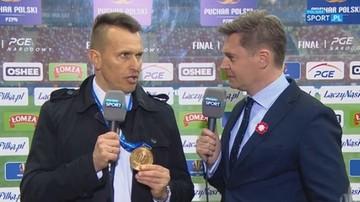 2017-05-02 Ojrzyński odda medal byłemu trenerowi Arki Gdynia! (WIDEO)