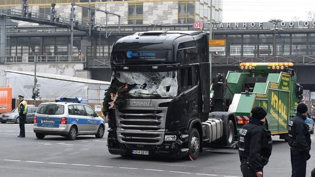 Właściciel TIR-a, którym dokonano zamachu w Berlinie, walczy o odszkodowanie