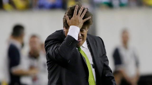 Trener Meksyku oskarżony o uderzenie dziennikarza