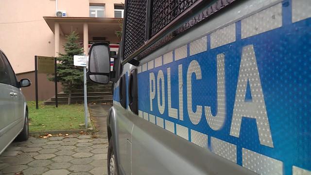 Poznań: policyjny konwój pomógł rodzącej