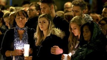 Setki ludzi na czuwaniu w tydzień po zamachu w Manchesterze