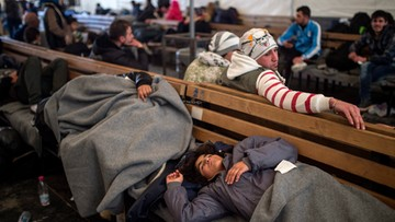 18-02-2016 16:44 Polacy podzieleni ws. przyjmowania uchodźców. Sondaż CBOS
