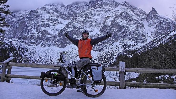 Na jednej nodze - zimowa wyprawa niepełnosprawnego rowerzysty
