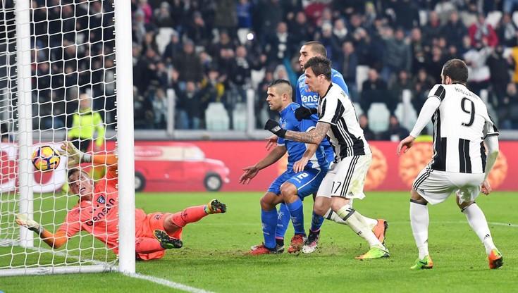 Samobój Skorupskiego w meczu z Juventusem