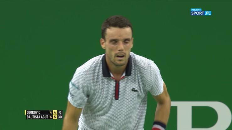 Efektowne przełamanie Bautisty dało mu zwycięstwo nad Djokoviciem