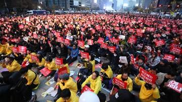 20-11-2016 09:27 Prokuratura: prezydent Park zamieszana w skandal korupcyjny