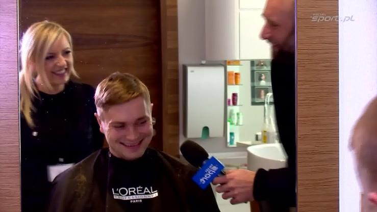 Piękny Lopez u fryzjera.