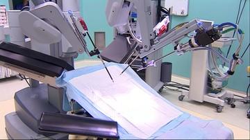 """14-10-2017 17:46 Nowoczesny robot """"da Vinci"""" w warszawskim szpitalu. W poniedziałek pierwsza operacja"""