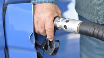 24-05-2016 18:48 Rząd chce zablokować oszustwa w VAT od paliw. Przyjął projekt zmian przepisów