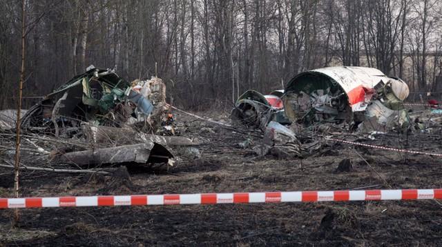 Macierewicz o zdjęciach z badania katastrofy smoleńskiej: Pozwalają stwierdzić oszustwa
