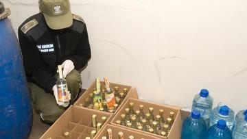 09-02-2016 13:30 Żytko, Śliwowica i Gruszkówka. Straż Graniczna przejęła 766 litrów alkoholu domowej produkcji