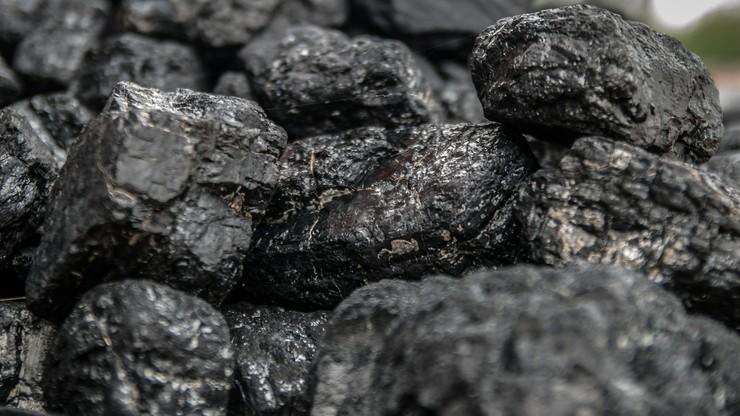 """""""Eko-muł, eko-flot"""" - śląski samorząd przestrzega przed nieuczciwymi praktykami sprzedawców węgla"""