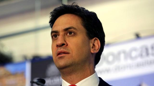 Wlk. Brytania: szef Partii Pracy podał się do dymisji