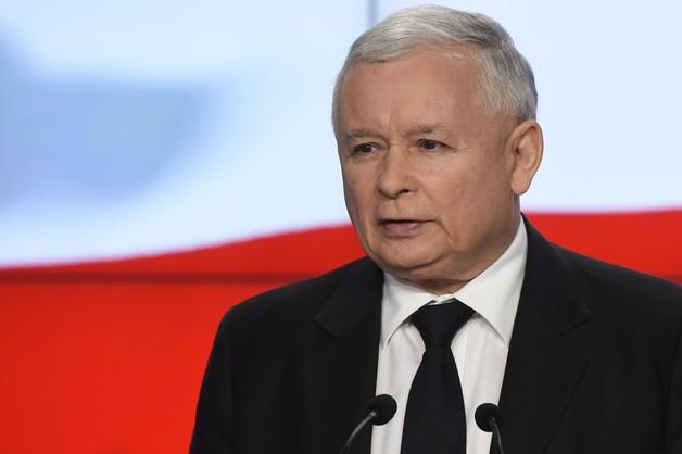Kaczyński krytykuje hasło wyborcze Komorowskiego