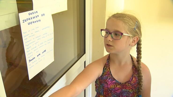 """""""Zbieram na leczenie i rehabilitację mojej mamusi"""". Historia 9-latki, która poruszyła serca internautów"""