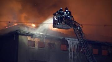 03-05-2016 12:28 Pożar starego młyna w Poznaniu