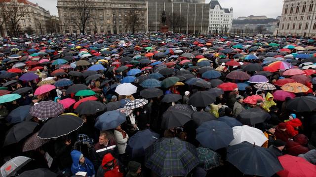Węgry: Kolejna masowa demonstracja ws. reformy oświaty