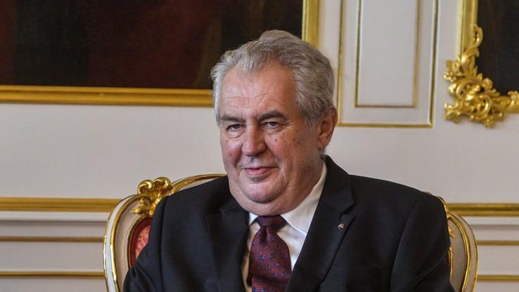 """Prezydent Czech oskarżył imigrantów o robienie """"żywych tarcz"""" z dzieci"""