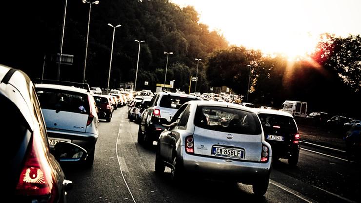 Co trzeci włoski kierowca nie używa kierunkowskazu