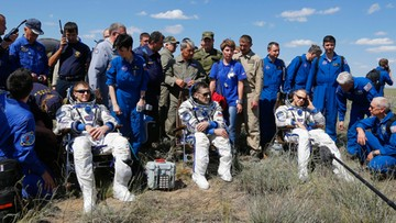 18-06-2016 17:34 Sojuz z trzema astronautami wylądował. Spędzili w kosmosie pół roku
