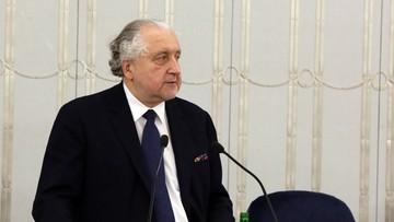 18-12-2016 20:39 Rzepliński apeluje do prezydenta o zaskarżenie do TK nowej ustawy o Trybunale