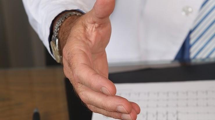 Zarzuty korupcyjne dla ortopedy prof. Jacka K.