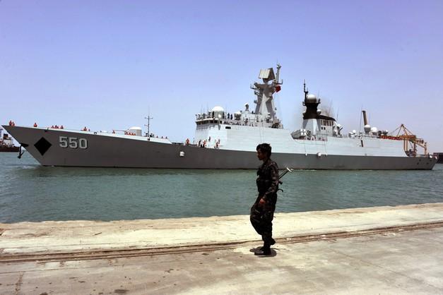 Arabia Saudyjska: okręty koalicji blokują porty w Jemenie