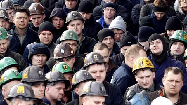 Zwolnienia w górnictwie. 1700 osób odejdzie z JSW
