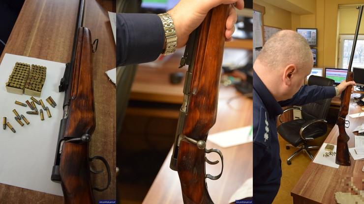 Remontując mieszkanie znalazł broń ukrytą w ścianie. Do tego - ponad 100 sztuk amunicji