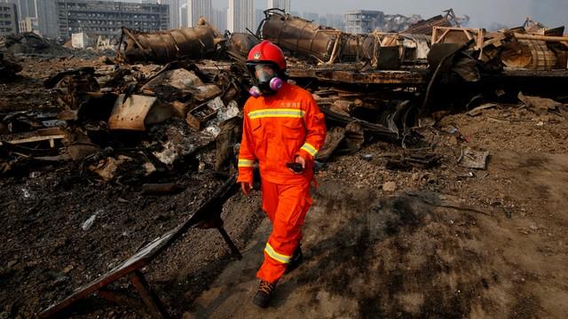 Chiny: ewakuacja ludności z trzykilometrowej strefy w Tiencin